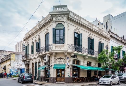 cafe La poesia in San Telmo, Buenos Aires