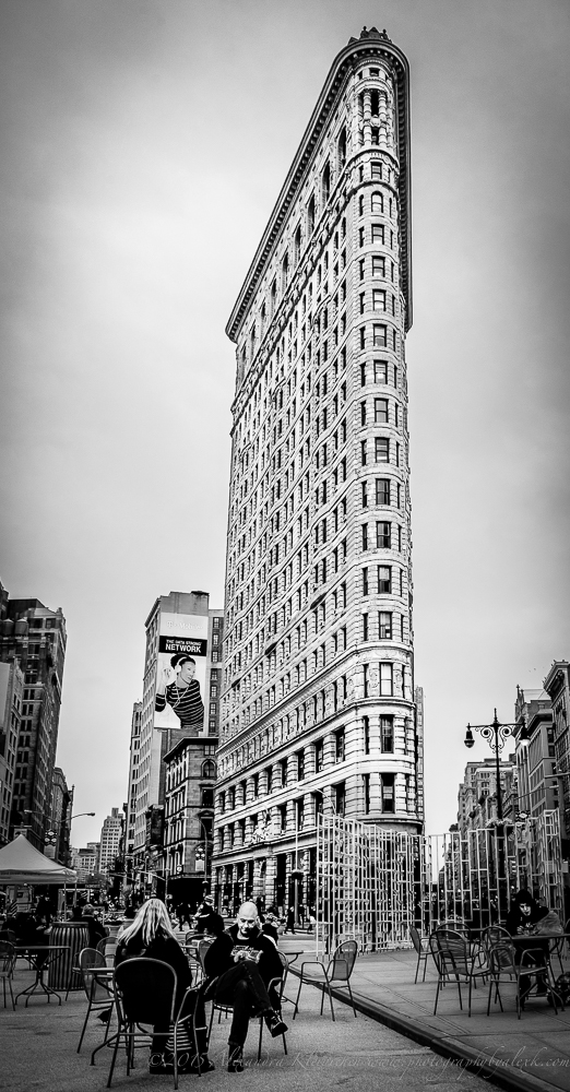the flat iron building in NYZ